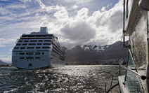 Album / Argentina / Ushuaia / Heading to the Harbor
