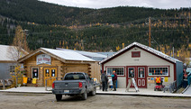 Album / Canada / Dawson City / Internet Cafe