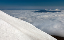 Album / New Zealand / Tramping / Tongariro / Snow and Clouds