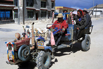 Album / Tibet / Tingri / Car