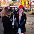 Album / USA / New York / Times Square / People 5