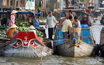 Album / Vietnam / Mekong delta / Cai Be Floating Market 2
